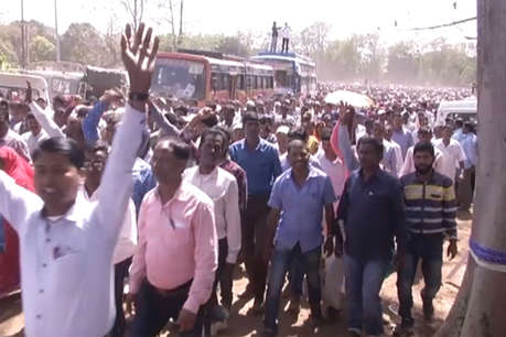 सूबे के 70 हजार पारा शिक्षकों की सरकार के खिलाफ पदयात्रा शुरू
