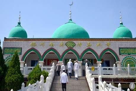 चीन में बड़े पैमाने पर सरकार क्यों तोड़ रही है मस्जिदें