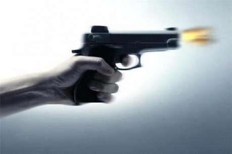 गाजियाबाद के होटल में ताबड़तोड़ फायरिंग, दो युवक घायल