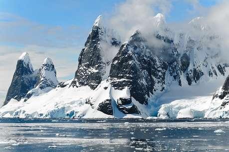 तीन गुना ज्यादा तेजी से पिघल रही है अंटार्कटिका में बर्फ- रिसर्च
