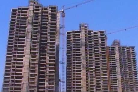 नोएडा प्राधिकरण ने 96 भवनों को किया असुरक्षित घोषित, एक सप्ताह में गिराने का निर्देश