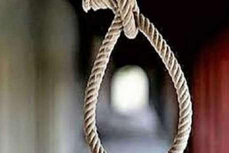 इंदौर में मॉर्निंग वॉक पर निकले रिटायर्ड डीआईजी ने लगाई फांसी