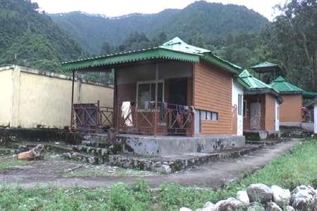 पर्यटन विभाग की लापरवाही, खंडहर में तब्दील हुए सरकार के इको हट