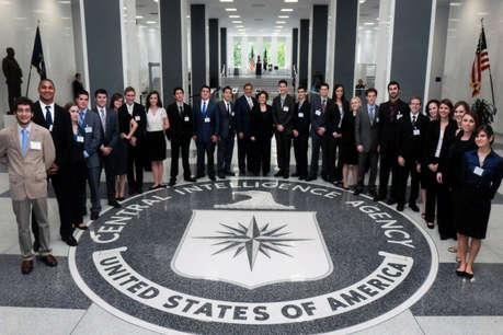 CIA में ऐसे मिल रही हैं नौकरियां, ये हैं शर्तें...