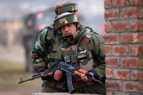 जम्मू-कश्मीर के कुपवाड़ा में पाकिस्तान की ओर से फायरिंग जारी