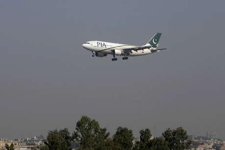 लाहौर एयरपोर्ट पर पायलट और केबिन क्रू में हुई जमकर हाथापाई