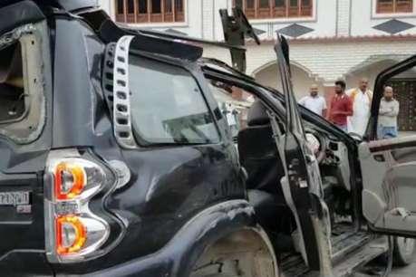 फैजाबाद: टायर फटने से खड़ी ट्रक से टकराई स्कॉर्पियो, दो की मौत