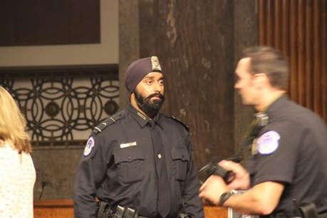 अमेरिकी राष्ट्रपति डोनाल्ड ट्रंप की सुरक्षा टीम में पहले पगड़ीधारी सिख बने अंशदीप सिंह भाटिया
