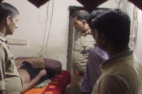 कमरे में छत की खूंटी पर लटकी मिली शख्स की लाश, जांच में जुटी पुलिस