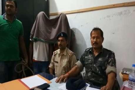 पुलिस ने विदेशी शराब के साथ कार भी की जब्त, दो युवक गिरफ्तार