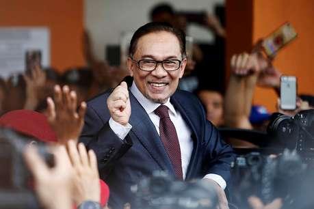मलेशिया में अनवर इब्राहिम की राजनीति में वापसी, जीता संसदीय उपचुनाव