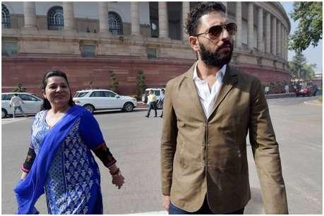 पोंजी स्कीम के 'चक्कर' में युवराज सिंह की मां ने गंवा दिए 50 लाख