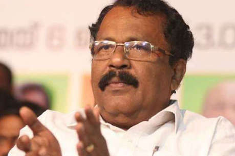 सबरीमाला विवाद पर केरल BJP चीफ का यू-टर्न, 'मुख्य पुजारी से नहीं हुई बात'