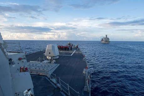 किसी को भी दक्षिण चीन सागर में सैन्यीकरण के लिए बहाने का इस्तेमाल नहीं करना चाहिए : चीन