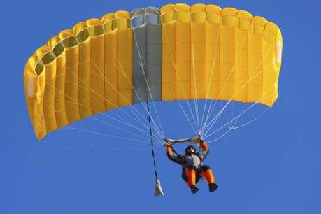 आगरा: नहीं खुला 11 हजार फुट की ऊंचाई पर पैराशूट, एयरफोर्स कर्मी की मौत