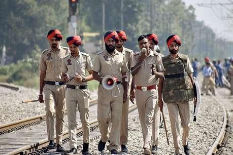 पठानकोट में आर्मी की यूनिफॉर्म पहने पांच संदिग्ध देखे गए, सर्च आॅपरेशन जारी
