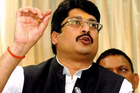 लोकसभा चुनाव 2019: बाहुबली राजा भैया ने दो सीटों पर उतारे अपने प्रत्याशी