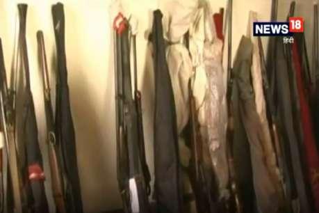 दिल्ली: अवैध हथियारों की फैक्ट्री का भंडाफोड़, हथियार बरामद