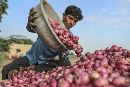 545 किलो प्याज के मिले सिर्फ 272 रुपए, नाराज किसान ने CM को भेजे पैसे