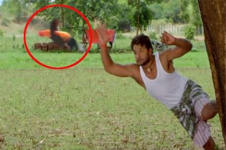 OMG! मुर्गी के पीछे भागे खेसारी लाल यादव, 6 करोड़ 95 लाख लोगों ने देखा ये VIRAL VIDEO