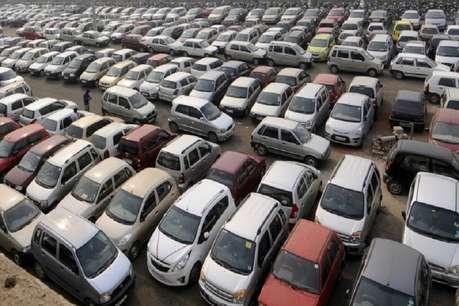 दिसंबर में कार की बिक्री 2 फीसदी घटी, जानिए कैसी रही बाइक की बिक्री