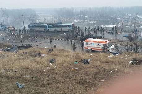 पुलवामा हमला: जिस काफिले पर हुआ हमला उसमें शामिल थी 70 बसें और 2500 जवान