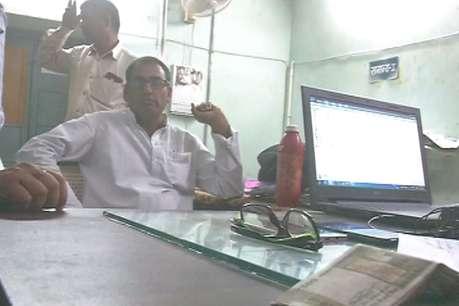 एसीबी ने बीकानेर में शिक्षा विभाग के क्लर्क को 15 हजार रुपए की रिश्वत लेते दबोचा
