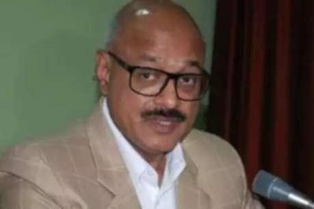 EOW दफ्तर पहुंचे निलंबित आईपीएस मुकेश गुप्ता, फोन टेपिंग-नान मामले में हो रही पूछताछ