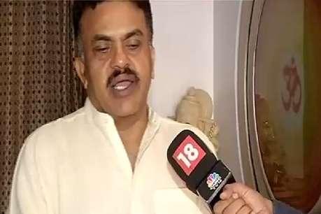 कांग्रेस प्रत्याशी संजय निरुपम ने दी सांसद गजानन कीर्तिकर को बहस की चुनौती