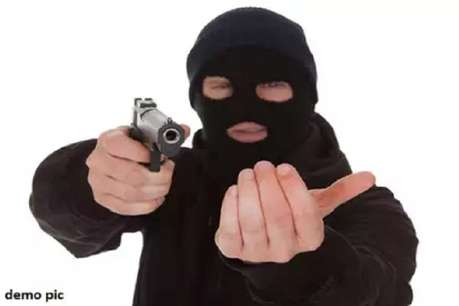 गेहूं व्यापारी से लूट का 24 घंटे के भीतर खुलासा, जीआरपी इंस्पेक्टर समेत तीन गिरफ्तार