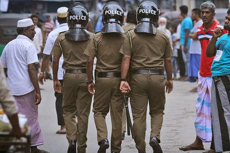 श्रीलंका में भड़के मुस्लिम विरोधी दंगे, देश भर में लगा कर्फ्यू