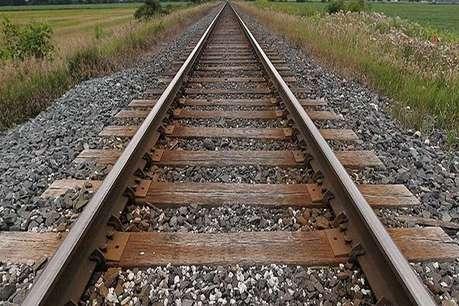 गोपालगंज: ट्रेन की चपटे में आने से 70 वर्षीय बुजुर्ग की मौत