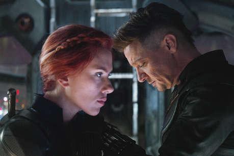 रिलीज़ के पहले हफ्ते में ही तोड़े ये रिकॉर्ड, Avengers ने की अरबों की कमाई