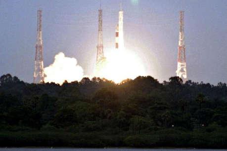6 सितंबर को चांद पर लहराएगा भारत का परचम, चंद्रयान-2 की काउंटडाउन शुरू