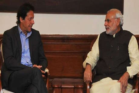 इमरान खान ने पीएम मोदी को किया फोन, मिलकर काम करने की जताई इच्छा