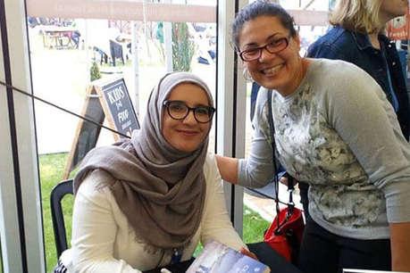 पहली बार अरबी की लेखिका को मिला मैन बुकर प्राइज़