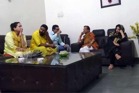 अब BJP प्रत्याशी किशन कपूर पहुंचे शत्रुनाशिनी देवी माँ बगलामुखी मंदिर, करवाया तांत्रिक अनुष्ठान