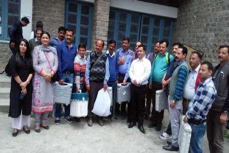लोकसभा चुनाव-19: नेताओं ने लगाया पूरा जोर, हिमाचल में थमा चुनावी शोर