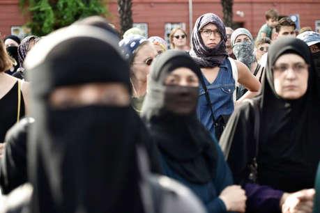 ऑस्ट्रिया के प्राथमिक स्कूलों में हिजाब पहनने पर प्रतिबंध
