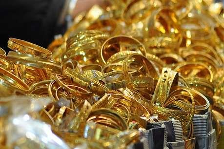 खुशखबरी! सोना और चांदी खरीदना हुआ सस्ता, जानें नई कीमतें