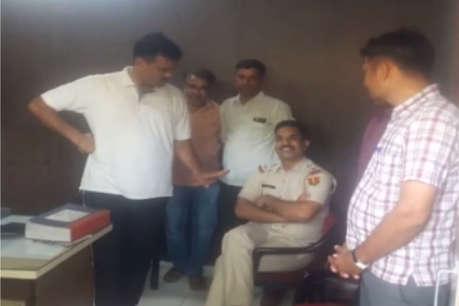 अजब पुलिस की गजब कहानी, जोधपुर में थानाधिकारी रुपए देते हुए गिरफ्तार, पढ़ें क्या है पूरा मामला