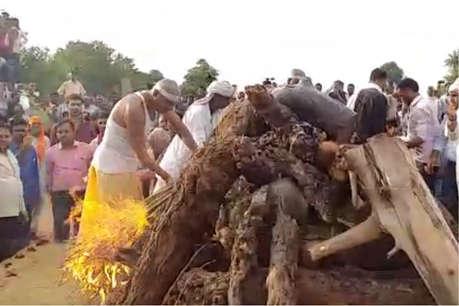 पंचतत्व में विलीन हुए मदनलाल सैनी, हजारों लोगों ने नम आंखों से दी अंतिम विदाई