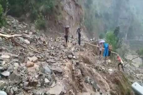 चमोली व अल्मोड़ा में बादल फटने से तबाही, मलबे की चपेट में आने से एक की मौत