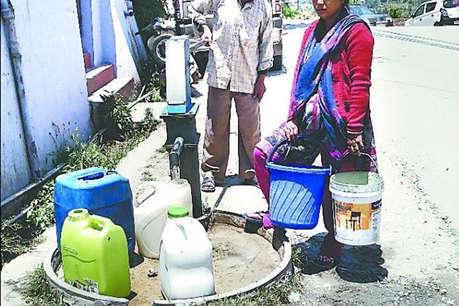 यूपी: हैंडपंप पर पानी लेने गई दलित महिला को निर्वस्त्र कर बेरहमी से पीटा