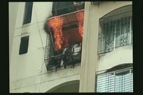 मुंबई के जोगेश्वरी में लगी आग, फायर ब्रिगेड मौके पर रवाना