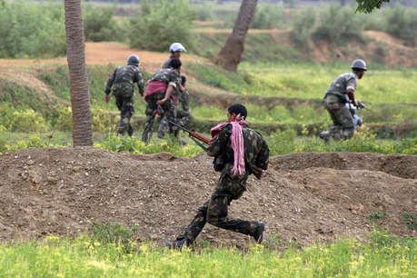 झारखंड: पुलिस टीम पर नक्सली हमला, दो ASI समेत 5 पुलिसकर्मी शहीद