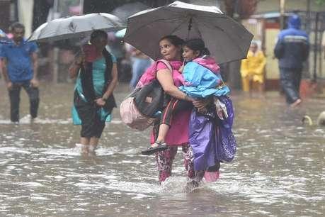 बिहार से लेकर असम तक बाढ़ से बेहाल जिंदगी, यूपी में 15 तो असम में 6 की मौत