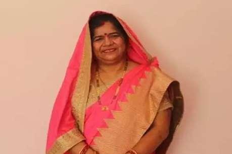 CM कमलनाथ की मंत्री को शौचालय के बगल में खाना बनाने में दिक्कत नहीं, बशर्ते...