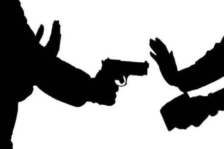 रांची : गन प्वॉइंट पर ज्वेलरी शॉप में लूट की कोशिश