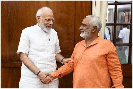 1100 KM साइकिल चला PM मोदी से मिले खेमचंद, बोले-मोदी है तो मुमकिन है...
